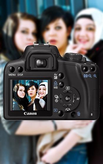 photo3women